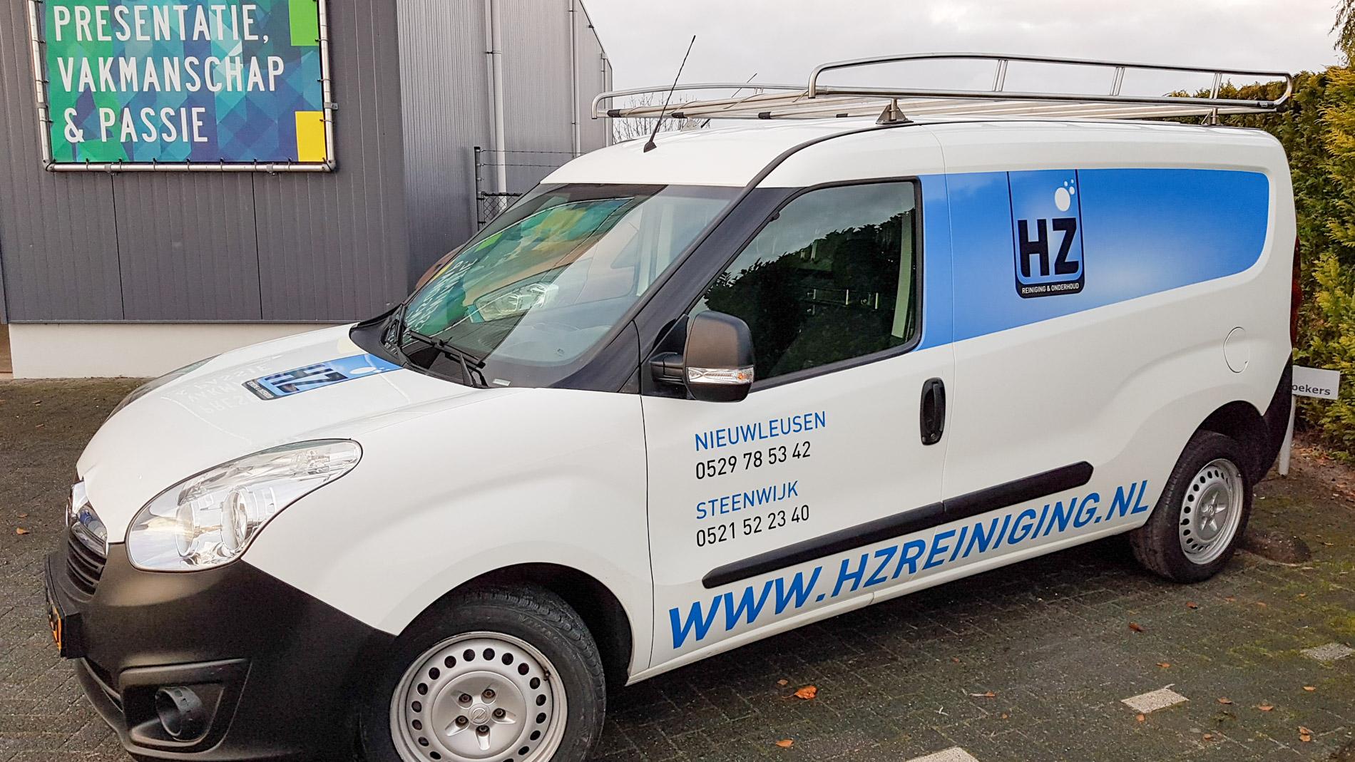 Autobelettering HZ Reiniging - Van de Riet Reclame
